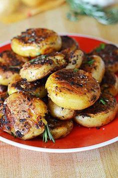 Crispy-Outside Creamy-Inside Garlic Herb Potatoes