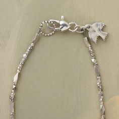 SCINTILLATING SILVER NECKLACE: View 3
