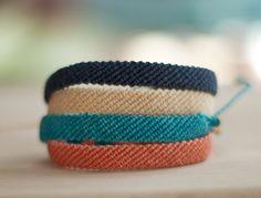 Flat Braided Bracelet - Waxed polyester Friendship Bracelet - Custom - Choose your own color Summer Bracelets, Cute Bracelets, Colorful Bracelets, Handmade Bracelets, Gold Bracelets, Ankle Bracelets, Braided Friendship Bracelets, Diy Friendship Bracelets Patterns, Bracelet Fil