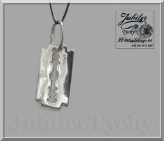 Srebrny wisiorek - żyletka  💎🎁💥 #Srebrny #wisiorek #żyletka #Srebro #Ag925 #srebrne #wisiorki #żyletki #żyleta #srebrna #biżuteria #jubilertychy #Silver #Jubiler #Tychy #Jeweller #Pracownia #Złotnicza w #Tychach #Tyski #Złotnik #Zaprasza #Promocje : ➡ jubilertychy.pl/promocje 💎