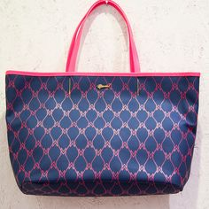 """Limited Christmas edition of the """"Arbre"""" bag from Muveil. Monogram design by Ahonen & Lamberg."""