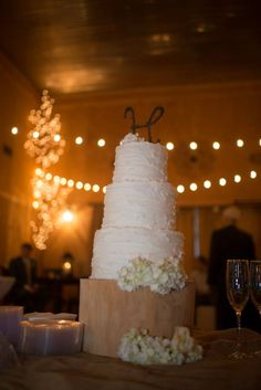 Rustic Cake in the barn