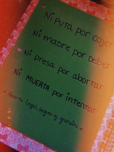 Aborto legal , seguro y gratuito 💚 Power Girl, Lgbt, Wallpapers, Woman, Memes, Quotes, Abortion Quotes, Colored Hair Streaks, Green And Orange