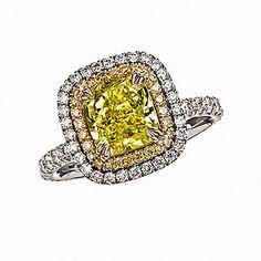 Gorgeous yellow and white diamond ring!