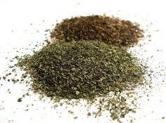 Ele é um dos preferidos quando a ideia é emagrecer, prevenir doenças e o envelhecimento precoce. Estou falando do Chá-verde, uma planta rica em cafeína que surgiu na China e na Índia, mas ganhou omundo com suas propriedades medicinais. O Chá-verde é obtido da Camellia Sinensis e pode ser encontrado… Leia mais