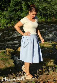 wedgwood skirt nähconnection fairelith top Waist Skirt, High Waisted Skirt, Pause, Straight Stitch, Rock, Madame, Stitch Design, Wedgwood, Shirts