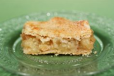 Apple Pie Bars Can apple pie be healthy? This one is! The crust is made without shortening or butter, using heart-healthy olive oil. This is one of my best recipes.