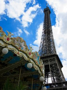 Carousel and Eiffel Tower