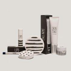 Sarah Thorne para la línea de cosméticos Top Shop