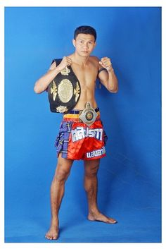 Boo, Trainer.  Ring Name: Seang-atit Sasiprapa.  Fight Experience: Over 250 fights,  Rajadamnern Stadium 118 lbs Champion,  Wicker Camp Muay Thai World Champion.    Boo started his professional Muay Thai training at the age of 10 years old and had his first competing fight at 11 years old, showing born talent in Muay Thai.    His techniques are all-rounded, he is aggressive in ring fights and is known for his coaching and fights around the world including UK, Japan, Denmark, Holland and…
