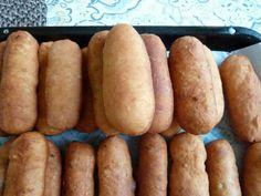Smažené pirôžky • recept • bonvivani.sk Hot Dog Buns, Hot Dogs, Slovak Recipes, Eggs, Bread, Food, Basket, Meal, Egg