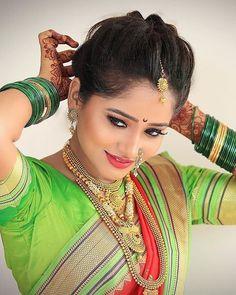 Marathi Saree, Marathi Wedding, Nauvari Saree, Actors Images, Glamorous Makeup, Photoshop For Photographers, Naturally Curly Bob, India Beauty, Bollywood Actress