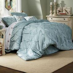 Comforter Set, Pintuck Oversized, Square Pillow and Decorative Pillow
