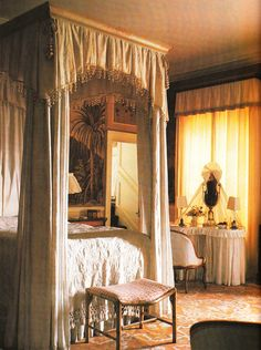 Haseley House Tobacco Bedroom. Interior Design John Fowler and Nancy Lancaster