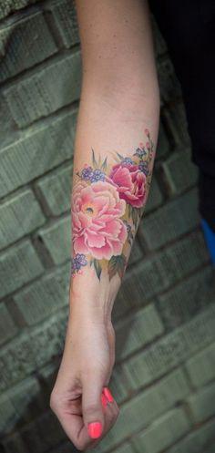 Watercolor Arm Fleur Flower Tattoo - no outlines Forearm Tattoos, Body Art Tattoos, New Tattoos, Sleeve Tattoos, Tattoo Arm, Floral Arm Tattoo, Outer Forearm Tattoo, Forearm Flower Tattoo, Arabic Tattoos