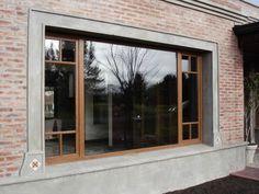 ABERTURAS DE PVC Home Building Design, Building A House, House Design, Front Door Design, Window Design, Brick Design, Exterior Makeover, Living Room Windows, Bedroom House Plans