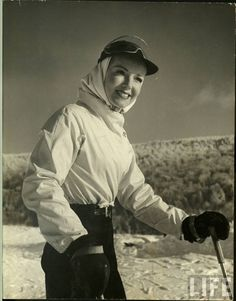 A smile on the slopes during the 1930s