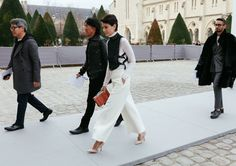 Pixies, Bobs, and Lobs: The Power Crop Is Paris Fashion Week's Street Style Standout