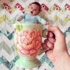 ♥ Mais em http://www.garotacriatividade.com/baby-mugging/  #creative #creativity #criativo #criatividade