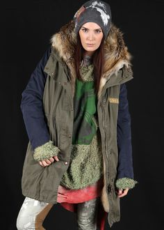 Military Parka mit Kunstfell oliv-blau: HISTORY REPEATS by Femme, Italy Rock And Roll, Military Parka, Womens Fashion Stores, Boho, Outfit, Peace And Love, Rain Jacket, Windbreaker, Italy