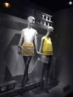 #window #yellow #escaparate @tstylebyteresa #tstylebyteresa #MyWindowCollection #Madrid #España #Spain @sfera