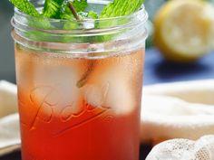 Erfrischender Eistee mit Granatapfel ist ein Rezept mit frischen Zutaten aus der Kategorie Eistee. Probieren Sie dieses und weitere Rezepte von EAT SMARTER!