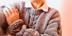 Un hermoso suéter, tutorial gratis. – TEJIDOS KIRIKIRI Men Sweater, Pullover, Sweaters, Fashion, Weaving Patterns, Free Knitting, Painted Flowers, Moda, Fashion Styles