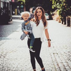 Pals 🙌🏻👶🏼💙👩🏽 The Michalaks, Hannah Michalak, Girl Power, Hipster, Street Style, Style Inspiration, Baby Baby, My Style, Instagram Posts