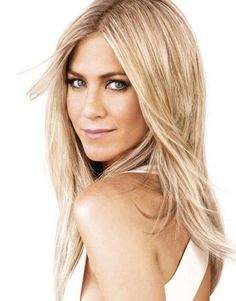 Jennifer Aniston unreal blonde (tons and tons of highlights)