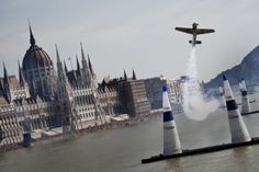 hannes arch bull air race in budapest bull National Championship, Budapest, Statue Of Liberty, Pilot, Arch, Europe, Racing, Inspiration, Building