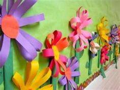 Spring Flower Bulletin Board- easy way to make spring flowers