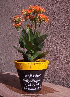 artes by Má: Vaso de cerâmica decorado e personalizado para o Dia dos Professores