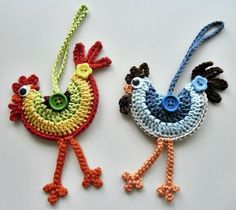 Loved these funky crochet roosters when I saw them and had to make some, pattern. - Loved these funky crochet roosters when I saw them and had to make some, pattern… – – Check more at - Crochet Birds, Crochet Motifs, Easter Crochet, Crochet Crafts, Yarn Crafts, Crochet Flowers, Crochet Projects, Crochet Food, Crochet Bear