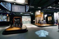 Modular Harley Davidson space concept by Axis Design Maior, Milan   Italy  trade fairs
