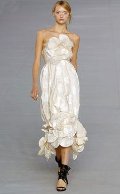 Chanel 2007. Mischa Barton's prom dress in The O.C. To die for.