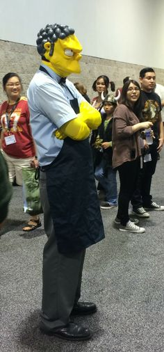 Moe from the Simpsons cosplay at Wondercon 2014