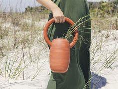 Vase Terra Cotta via Goodmoods