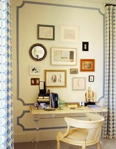 LOVE this border. Do they have stencils I could use to do this for our bedroom?