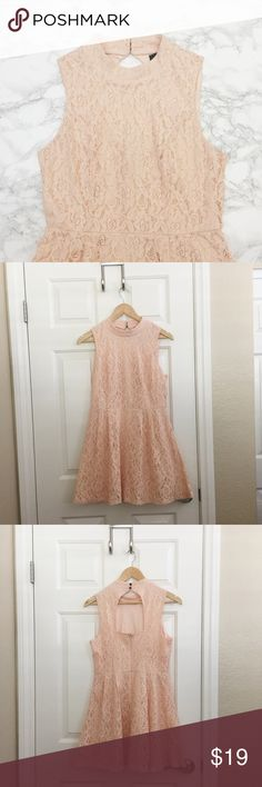 Light Pink Lace Dress Light pink Rhapsody dress. Keyhole back. Double button closure at neck. ★ measurements available upon request ★ reasonable offers considered ★ no trades Rhapsody Dresses