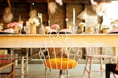 Gold-Pink-Vintage-Wedding-ideas | photography by http://www.benjaminedwardsphotography.com