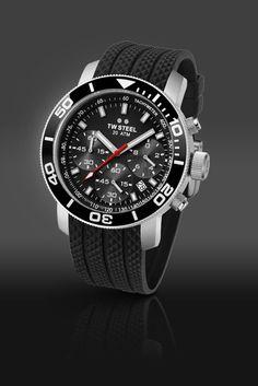 51caeeb89f7 TW Steel GrandeurDive Men s Chronograph Watch TW700 Oversized Watches
