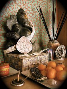 yogibe:  Ganesha altar