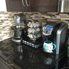 "Instagram user decordream brews herself a cup of Keurig Brewed coffee in her ""dream big"" to help her kick-start her long work day. We are loving her Keurig kitchen setup!"