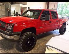 Chevy Gm Trucks, Diesel Trucks, Lifted Trucks, Cool Trucks, Chevy Trucks, Pickup Trucks, 2005 Chevy Silverado, Lifted Chevy, Country Trucks