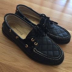 Black & Gold Sperry Boatshoes Worn once! Perfect condition women's black and gold Sperry's. Top sider boat shoes size 7.5 Sperry Top-Sider Shoes Flats & Loafers