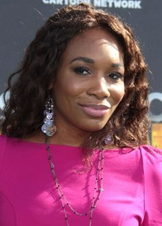 Venus Williams dazzling, curly hairstyle
