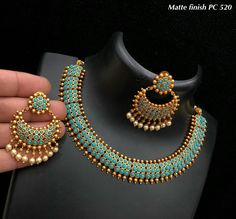 Ideas Jewerly Necklace Stone Jewellery For 2019 Indian Jewelry Earrings, Indian Jewelry Sets, Jewelry Design Earrings, Indian Wedding Jewelry, Silver Jewellery Indian, Necklace Designs, Choker Necklaces, Gold Necklace, Antique Jewellery Designs