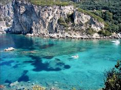 Corfu beach Top 10 Greek Islands you Should visit in Greece Beaches In The World, Places Around The World, Paros, Beautiful Islands, Beautiful Beaches, Dream Vacations, Vacation Spots, Santorini, Corfu Beaches