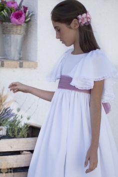 Vestido de Primera Comunión Morgana Nice Dresses, Girls Dresses, Flower Girl Dresses, First Communion, Your Girl, Dress For You, Cold Shoulder Dress, Wedding Dresses, Kids