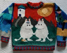 Moomin Sweater Knitting Pattern by amarinalevin Hand Knitted Sweaters, Sweater Knitting Patterns, Knit Patterns, Hand Knitting, Handgestrickte Pullover, Tove Jansson, Blue Horse, Sweater Weather, Lana